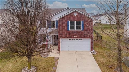 Photo of 10446 Mohawk, Indianapolis, IN 46234 (MLS # 21759987)
