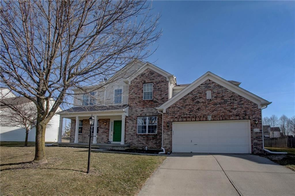 562 East Cyclamen Chase, Westfield, IN 46074 - #: 21769988