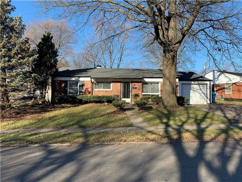 Photo of 2330 North EATON Avenue, Indianapolis, IN 46219 (MLS # 21684990)
