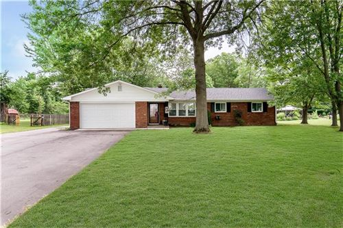 Photo of 1366 North Mill Creek Road, Noblesville, IN 46062 (MLS # 21722993)
