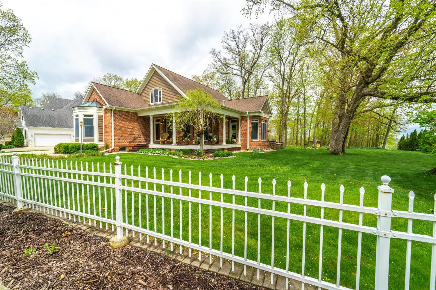 263 Turnberry Drive, Valparaiso, IN 46385 - #: 470219
