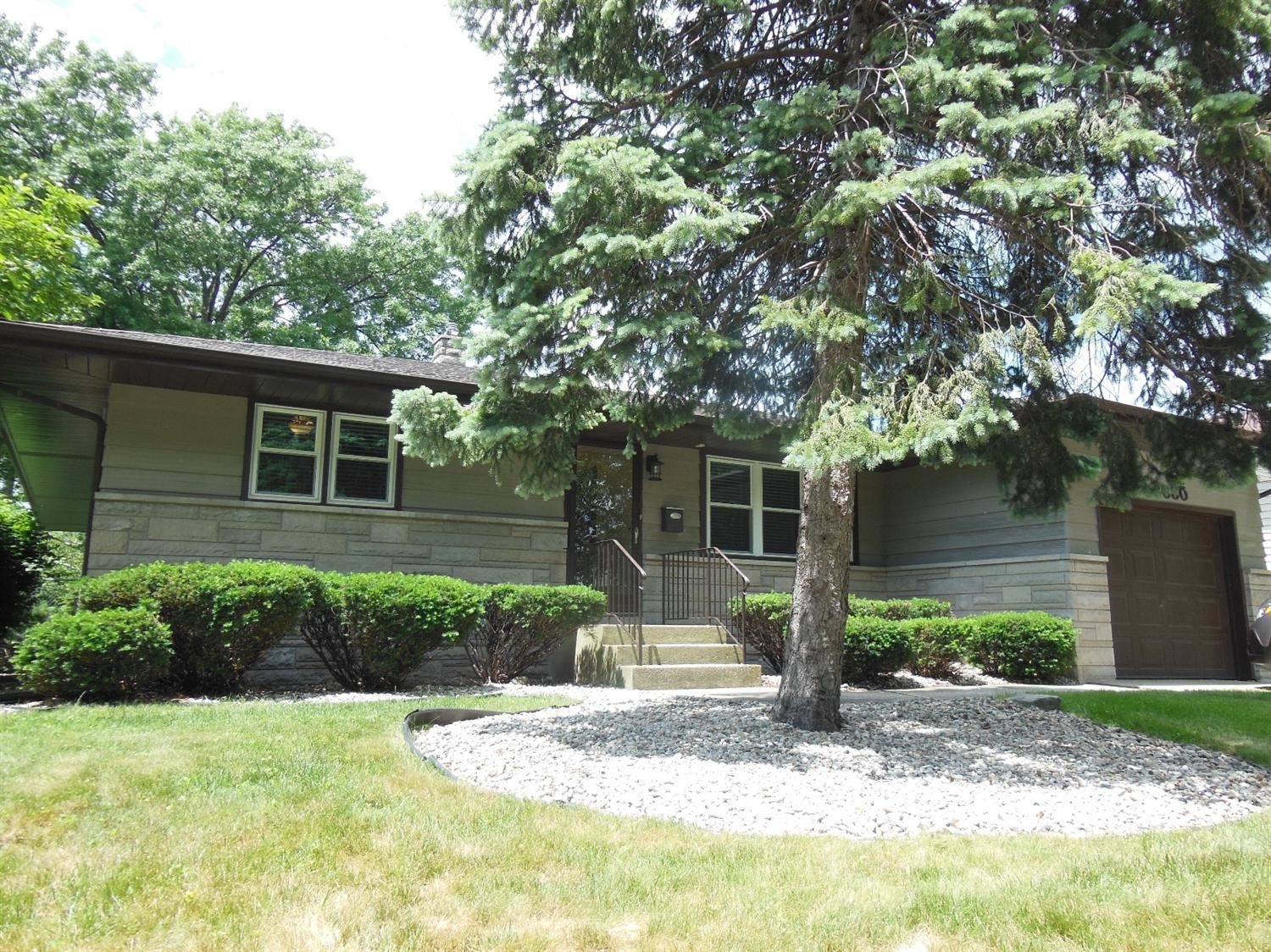 8630 Jefferson Avenue, Munster, IN 46321 - #: 477257