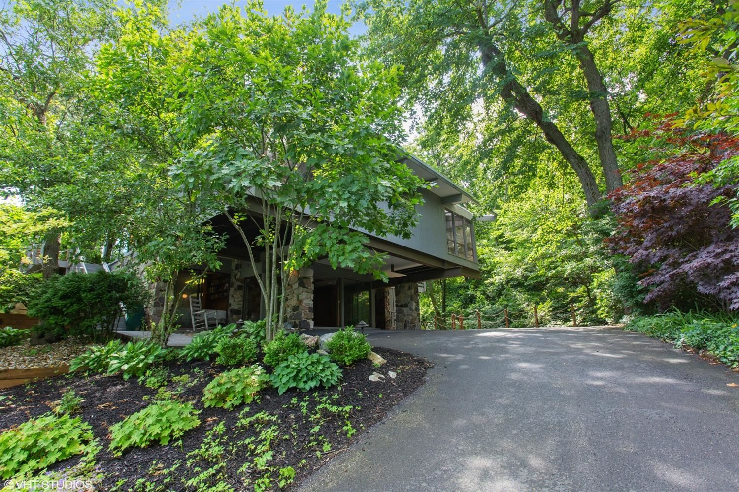 529 E Lake Front Drive, Beverly Shores, IN 46301 - #: 475278