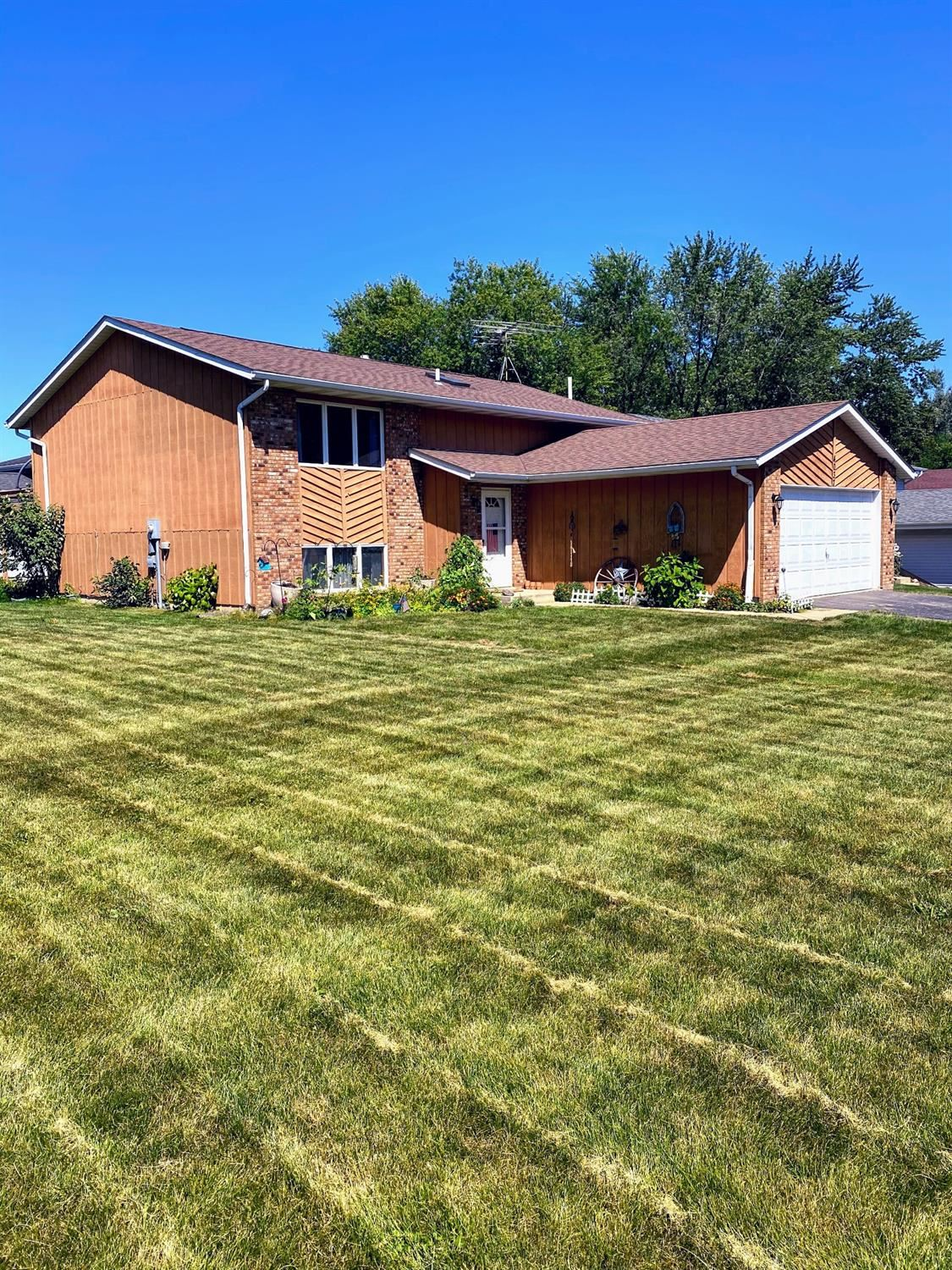 4037 Walnut Hill Circle, Crown Point, IN 46307 - #: 480308