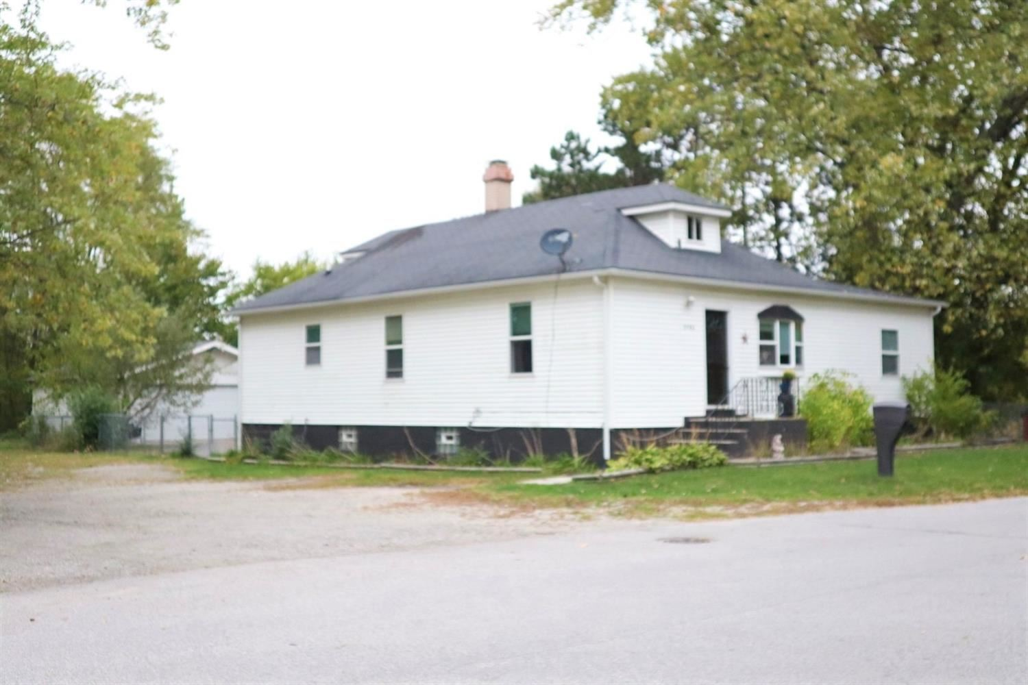 2786 W 38th Avenue, Hobart, IN 46342 - #: 483318