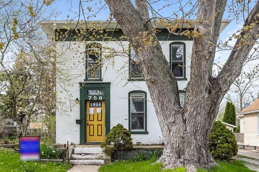 758 E 3rd Street, Hobart, IN 46342 - #: 473371
