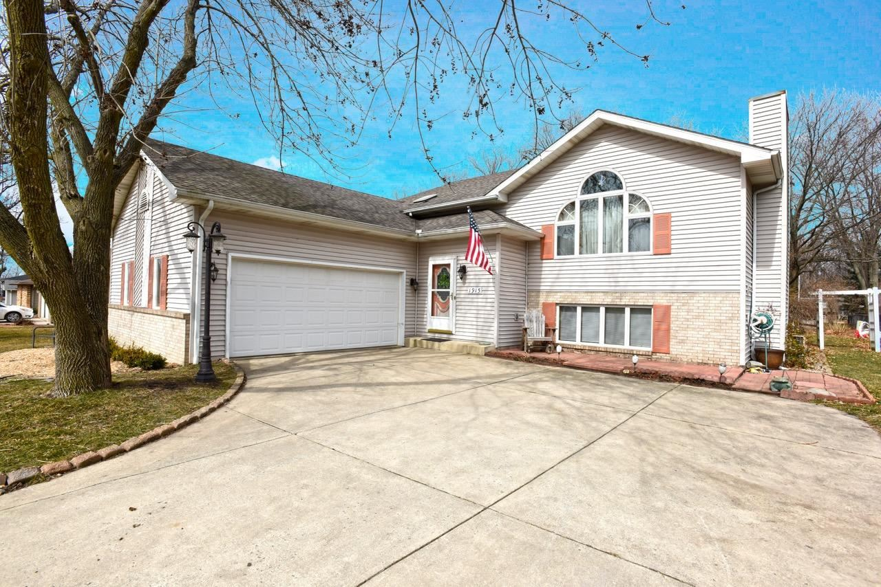1915 Loganberry Lane, Crown Point, IN 46307 - #: 471387