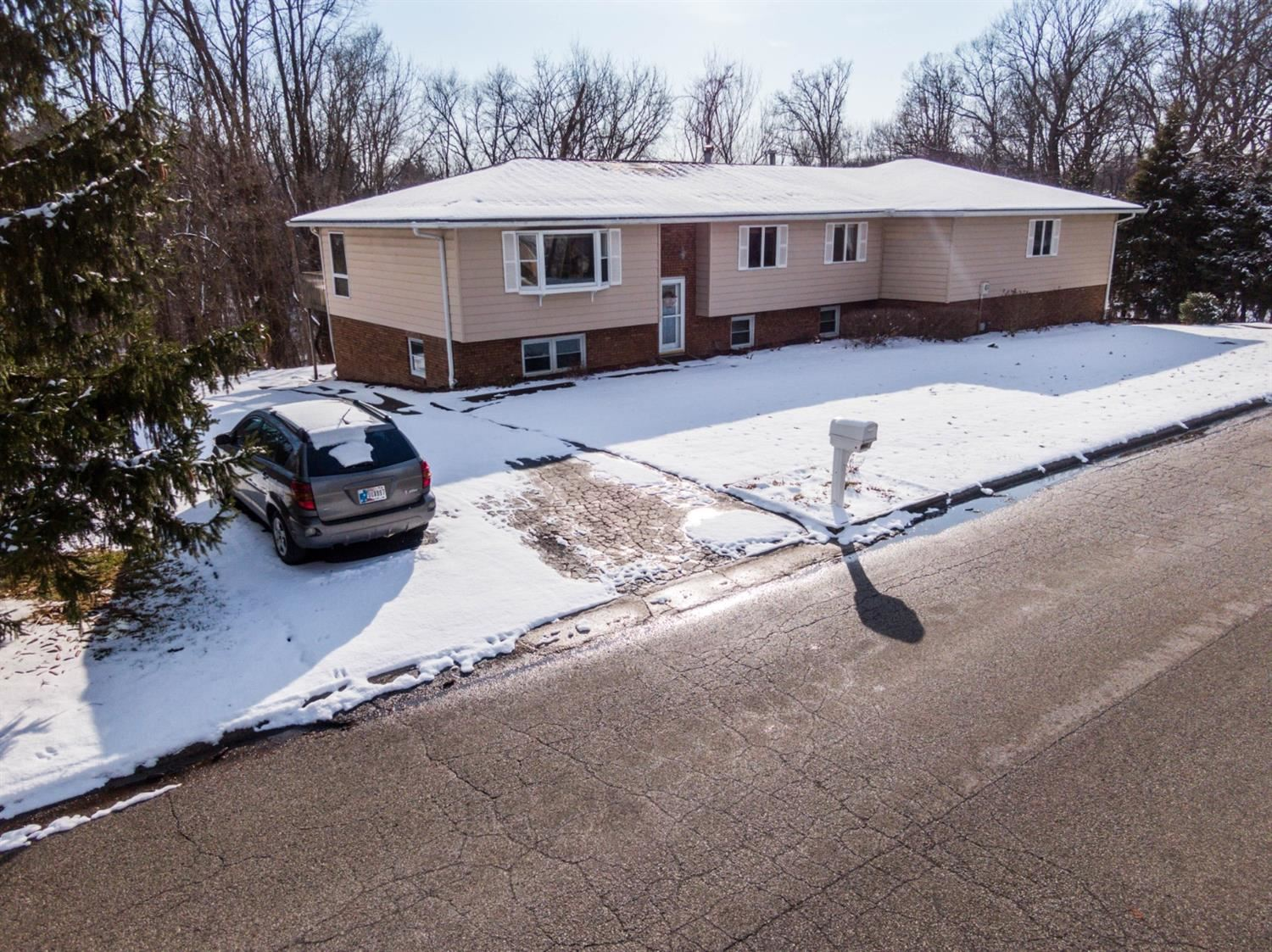 225 Coolspring Drive, Valparaiso, IN 46385 - #: 468394