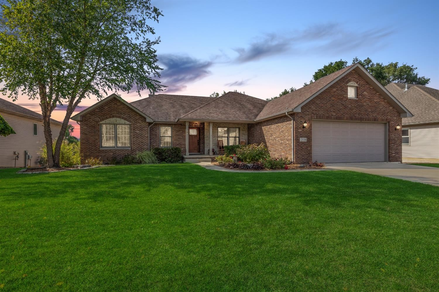 2538 Camelot Drive, Dyer, IN 46311 - #: 482567