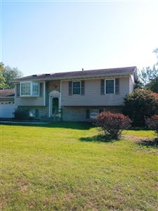 Photo of 3455 Parkside Avenue, Lake Station, IN 46405 (MLS # 464648)