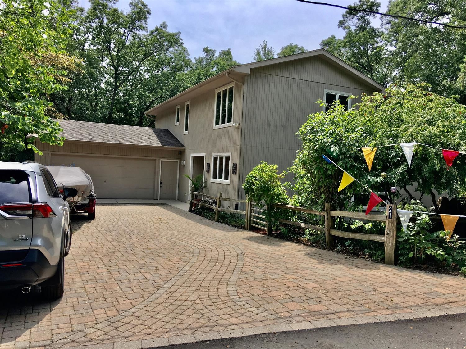 21 E Atwater Avenue, Beverly Shores, IN 46301 - #: 468690