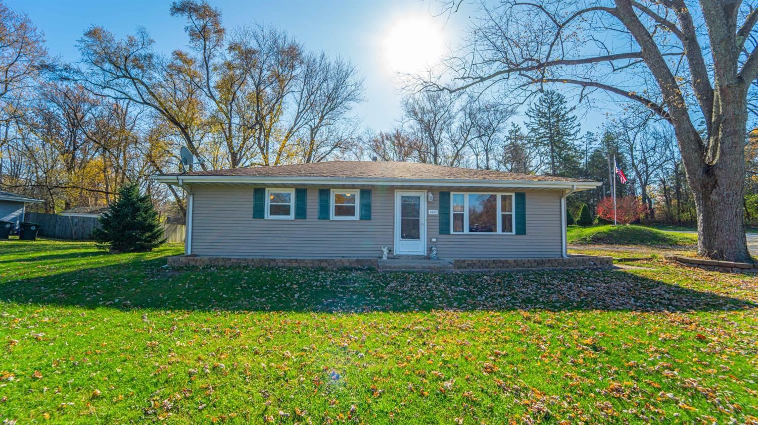 4617 16th Street, Hobart, IN 46342 - #: 484715