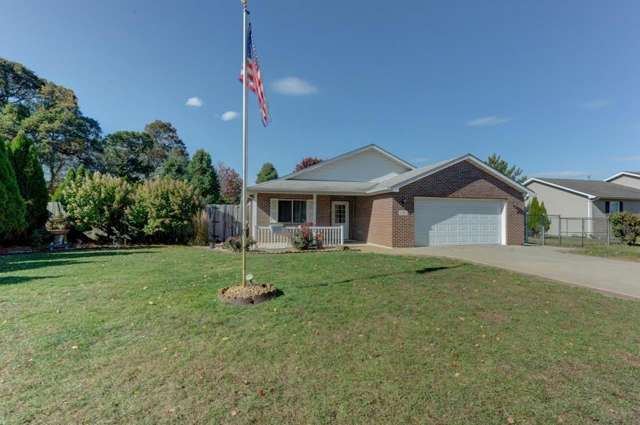 608 Hickory Street NW, Demotte, IN 46310 - #: 483825