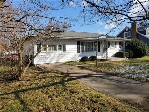 Photo of 902 W 39th Place, Hobart, IN 46342 (MLS # 471838)