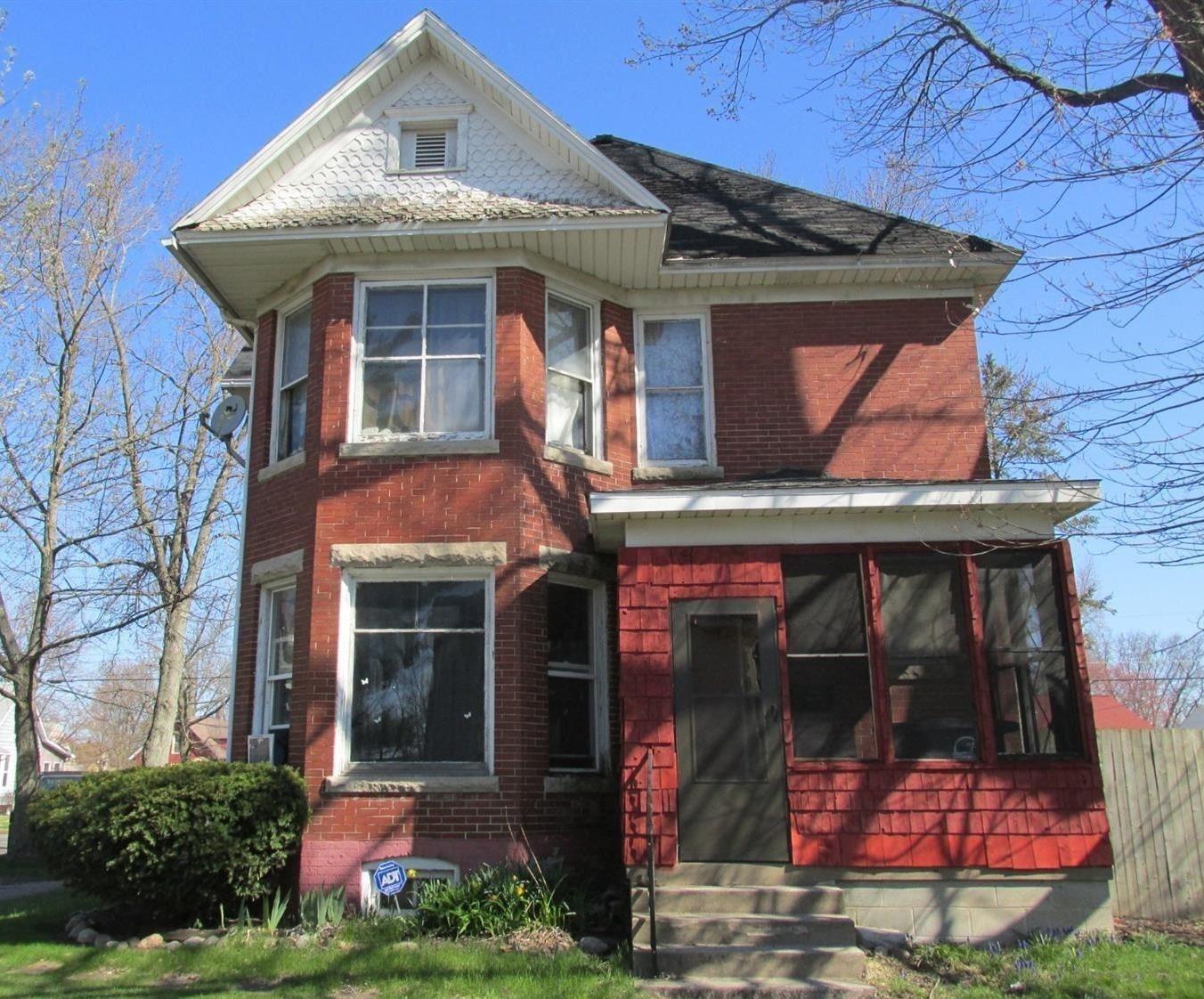 202 E Barker Avenue, Michigan City, IN 46360 - #: 472966