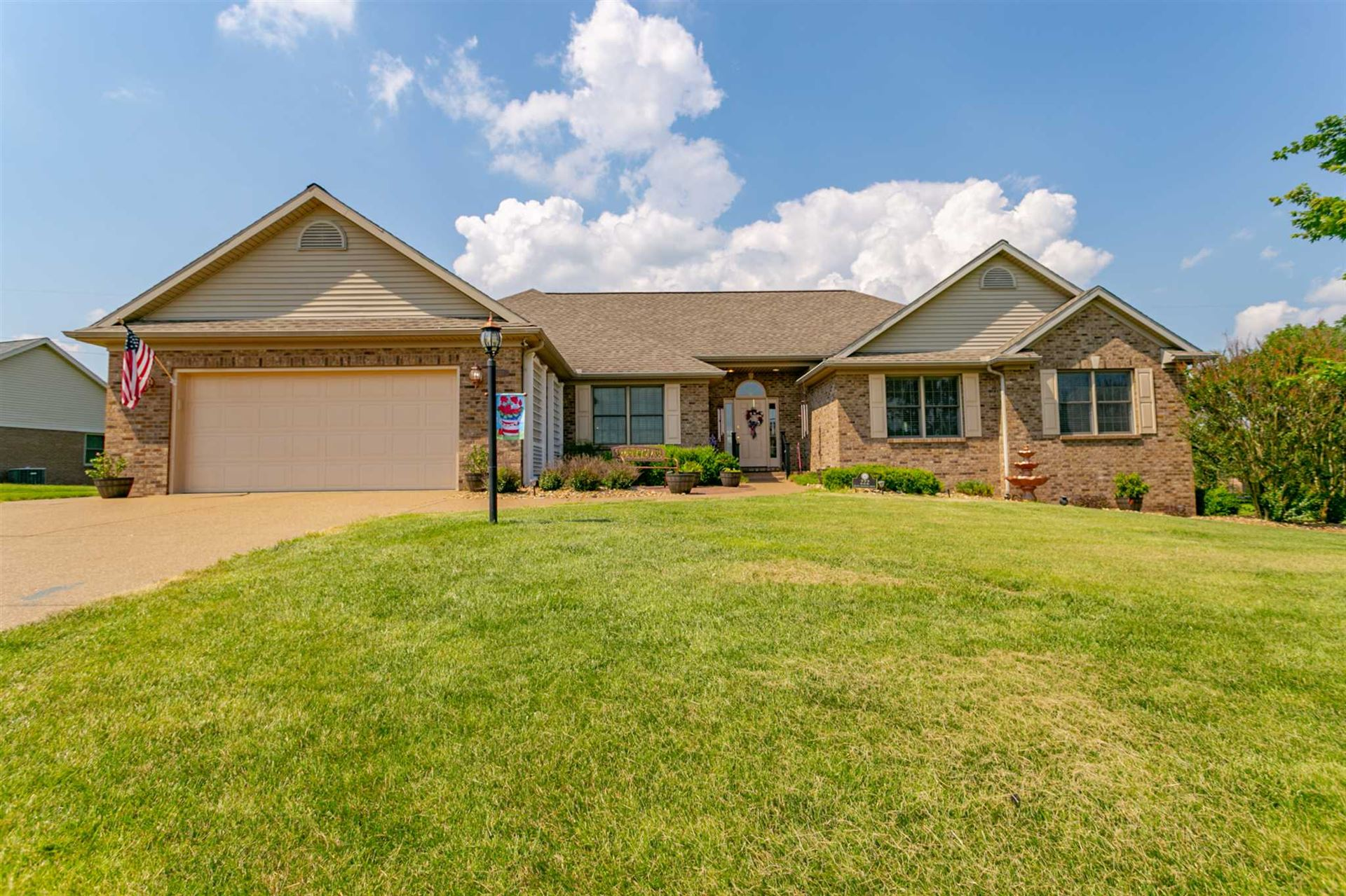 222 Quail Crossing Drive, Boonville, IN 47601 - #: 202025009