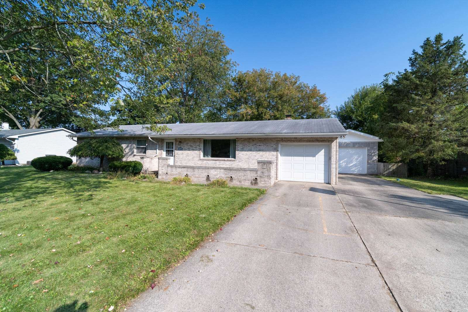 21855 Belkay Drive, South Bend, IN 46628 - #: 202039014