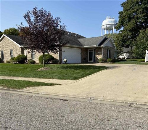 Photo of 801 E Walnut Ridge, Logansport, IN 46947 (MLS # 202038017)
