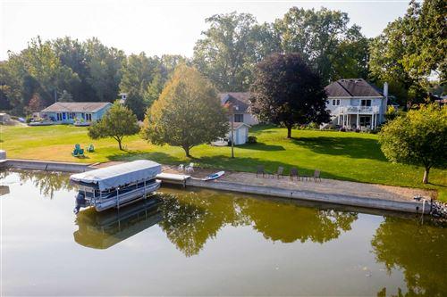 Photo of 155 W 600 S, Wolcottville, IN 46795 (MLS # 202106018)