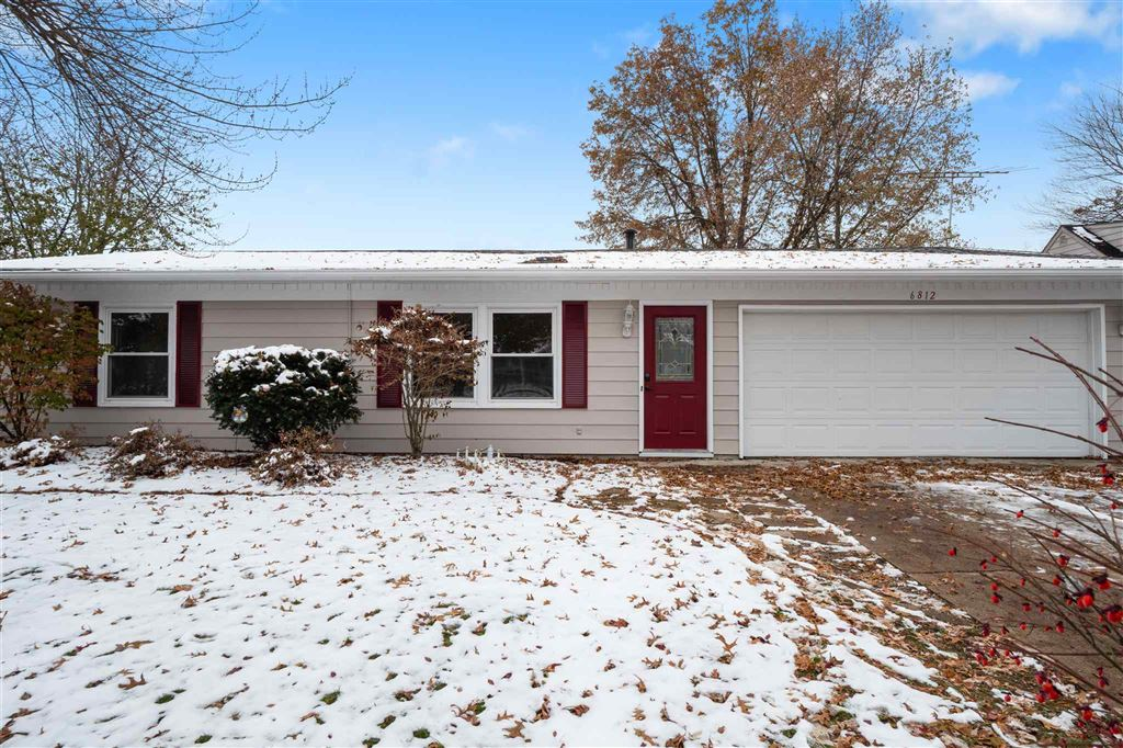 6812 Lakeview Court, Fort Wayne, IN 46815 - #: 201950019