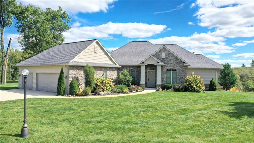 2647 E Lake Tahoe Trl Drive, Warsaw, IN 46582 - #: 201946023
