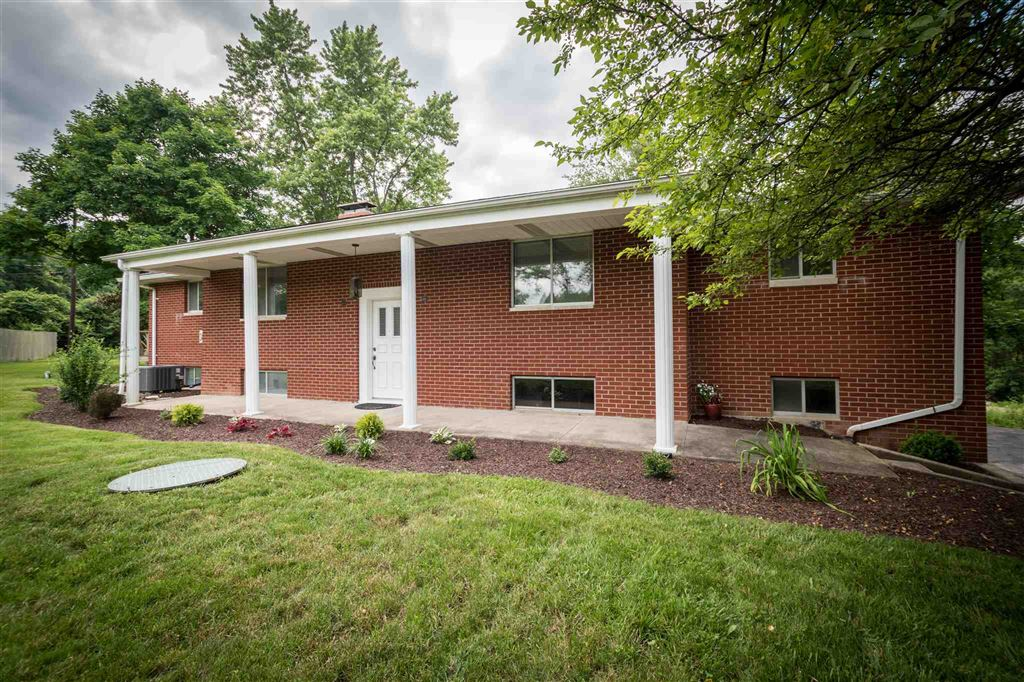 3818 Huth Drive, Fort Wayne, IN 46804 - #: 201947030
