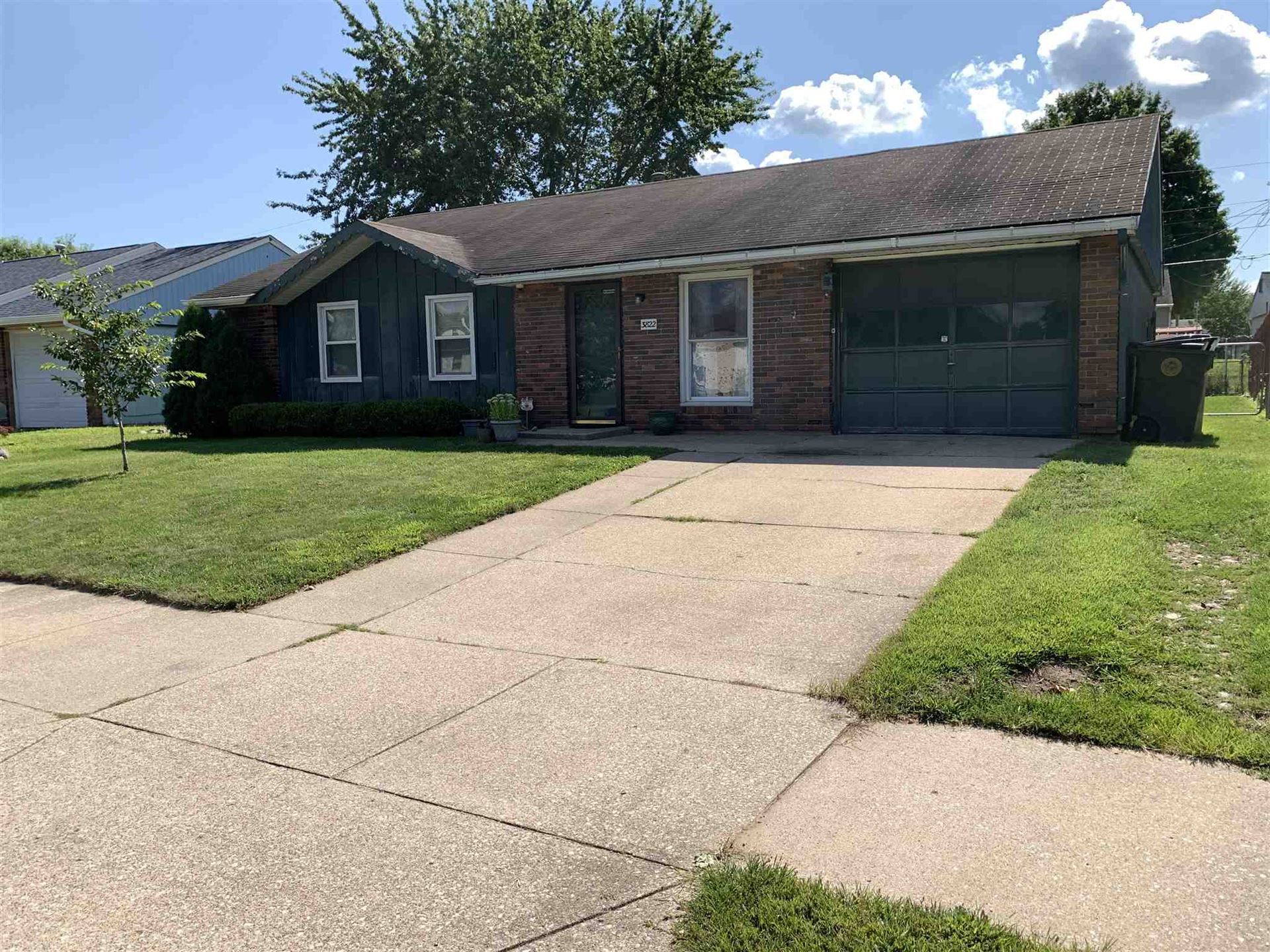 3822 Glenview Drive, South Bend, IN 46628 - #: 202031031