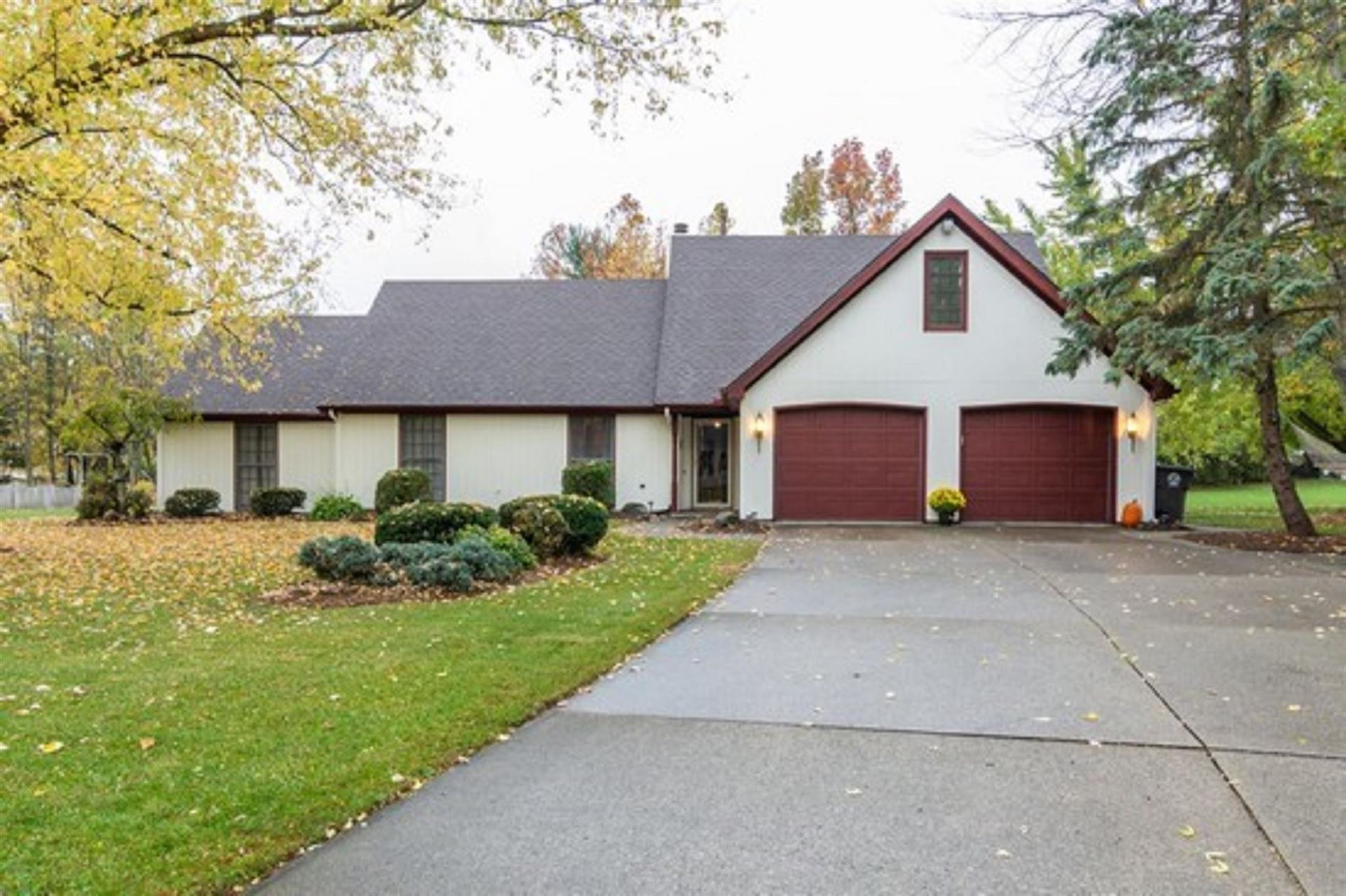 10515 Hickory Tree Road, Fort Wayne, IN 46845 - #: 202047033