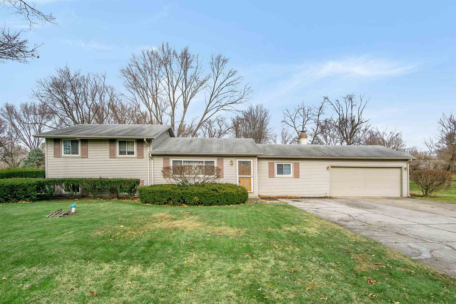18165 Chipstead Drive, South Bend, IN 46637 - #: 201952036