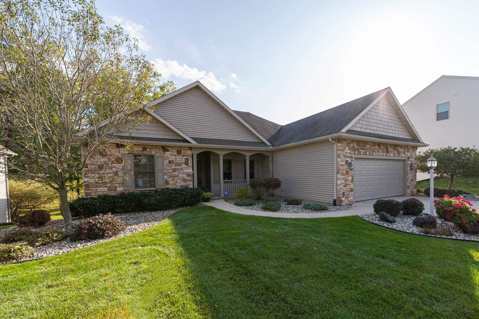25678 Rolling Hills Drive, South Bend, IN 46628 - #: 202039036