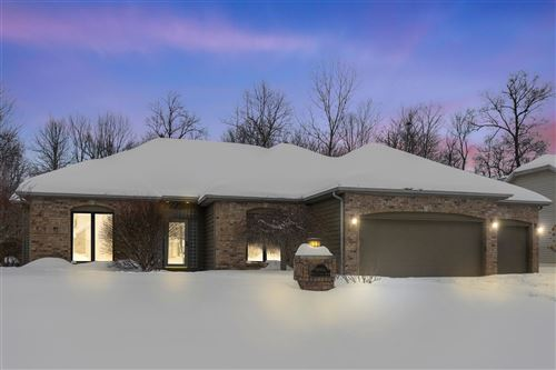 Photo of 10906 Summer Chase Street, Fort Wayne, IN 46818 (MLS # 202106052)