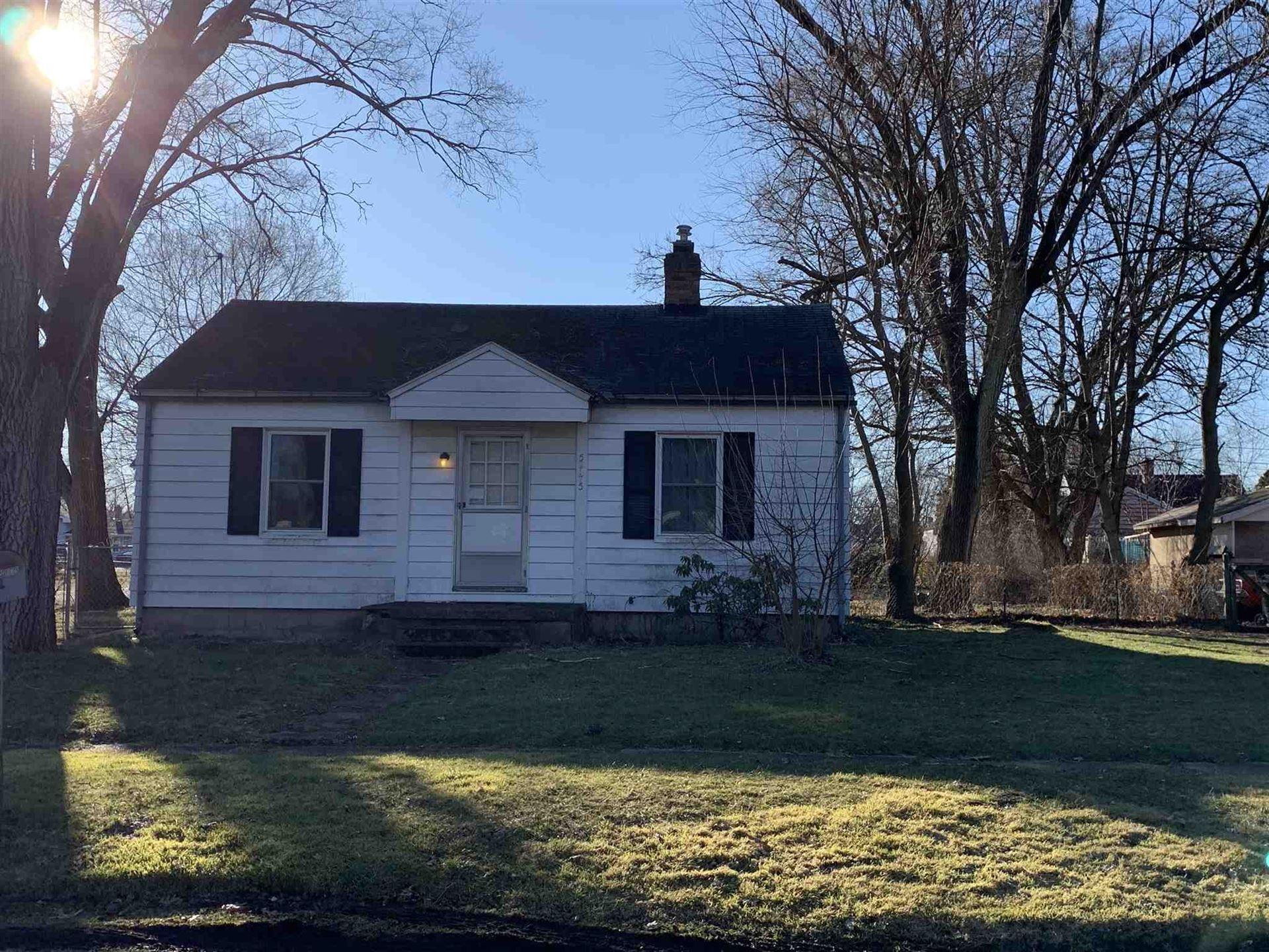52175 Central Avenue, South Bend, IN 46637 - #: 202008054