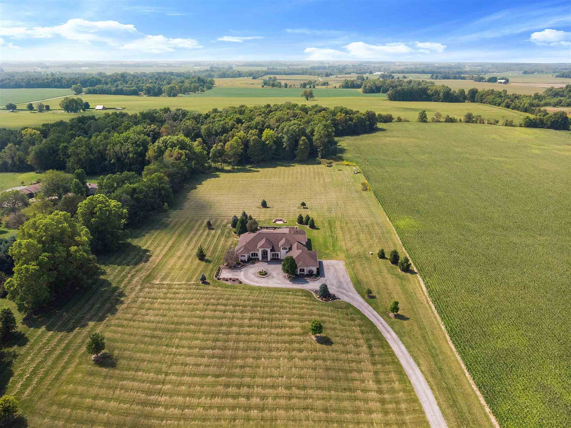 Photo of 14818 N State Road 13, North Manchester, IN 46962 (MLS # 202010056)
