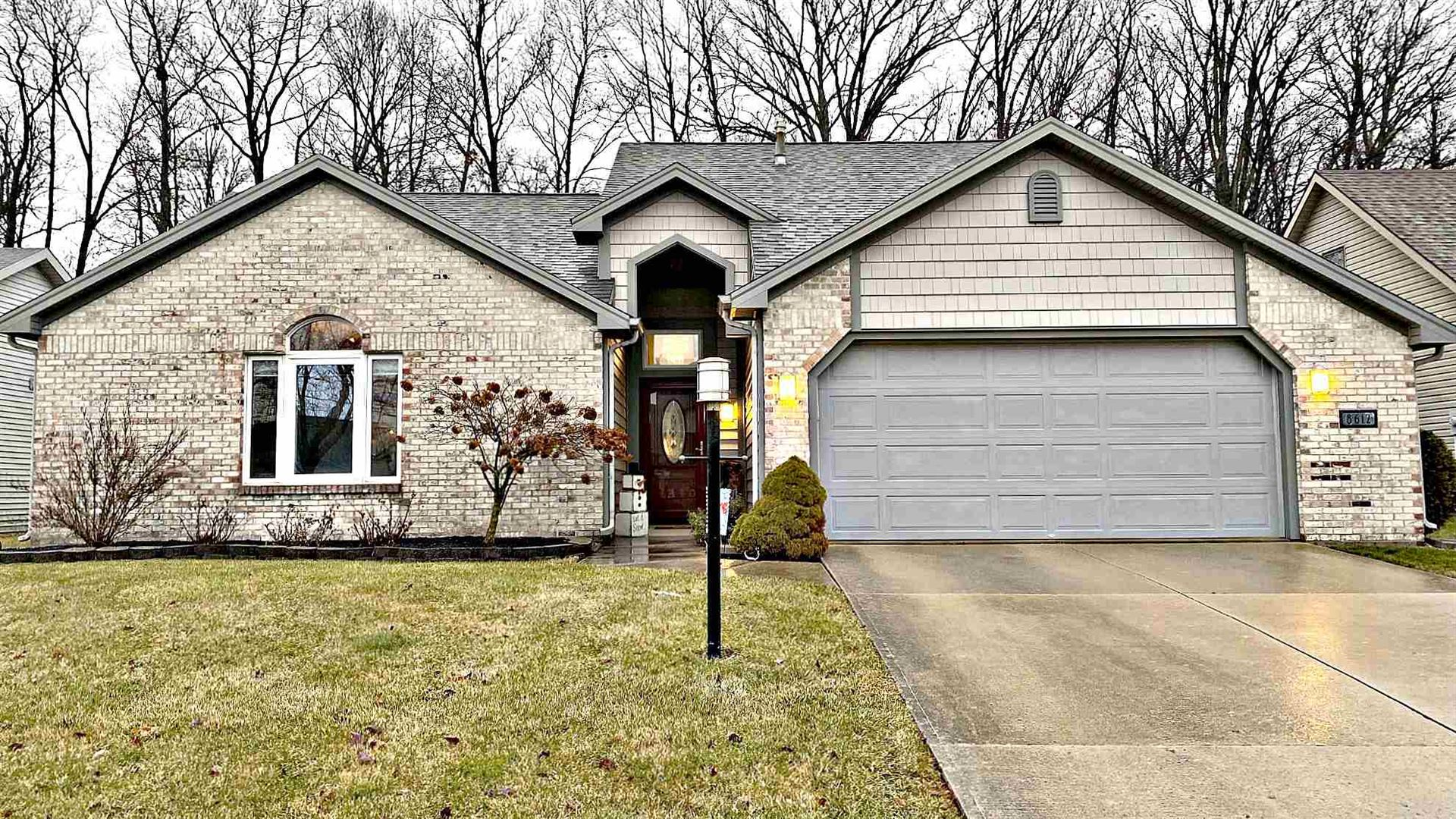 8612 Spring Forest Drive, Fort Wayne, IN 46804 - #: 202003069