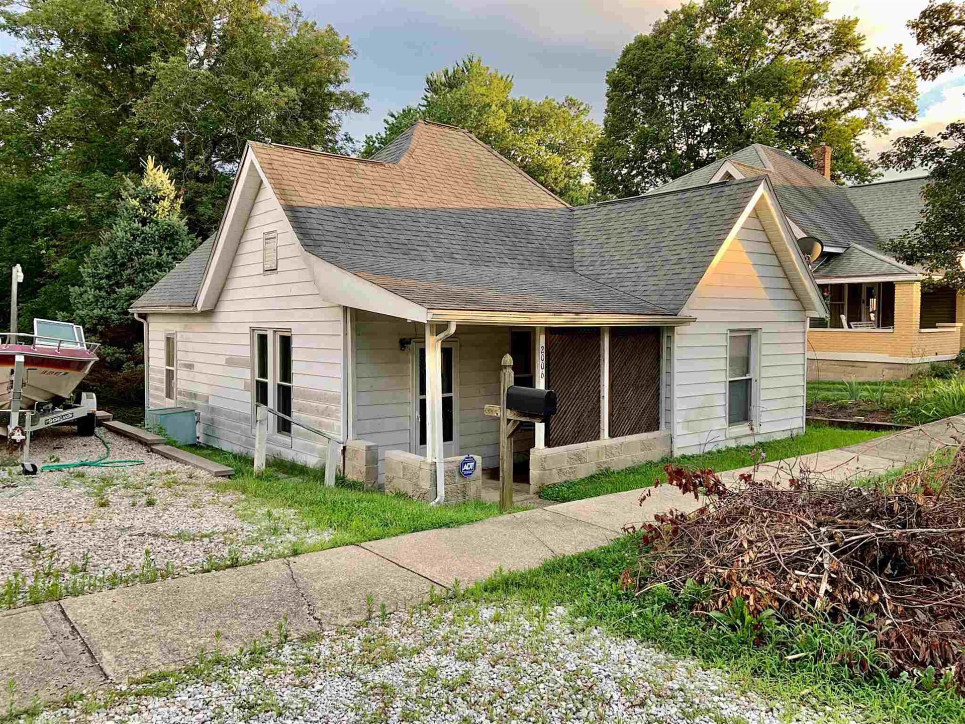 2006 13th Street, Bedford, IN 47421 - #: 202030069