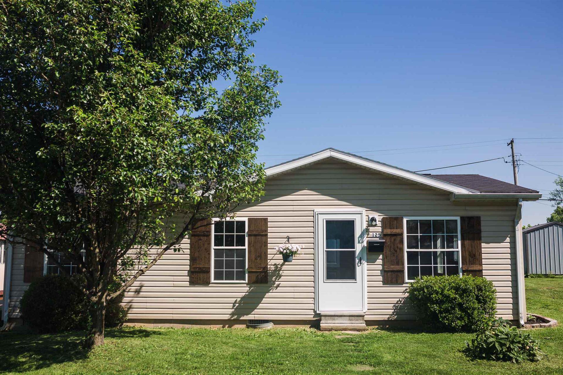 125 W Grissom Avenue, Mitchell, IN 47446 - #: 202021072