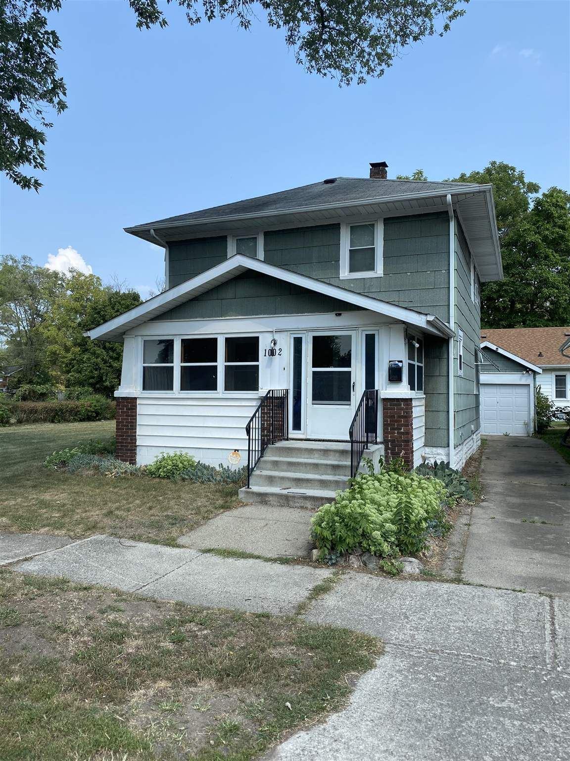 1002 Hubbard Avenue, Elkhart, IN 46516 - #: 202034072