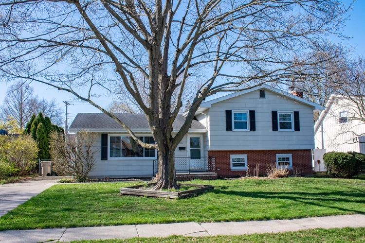 2116 Peachtree Lane, South Bend, IN 46617 - #: 202014077