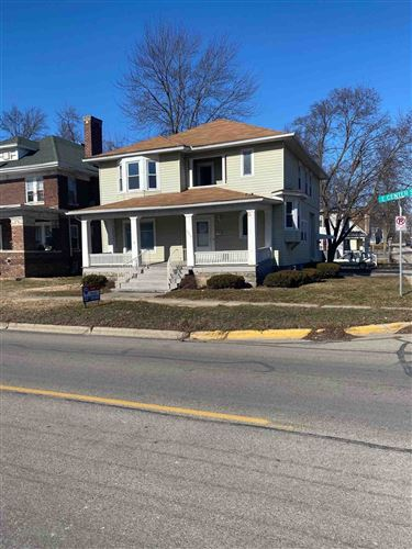Photo of 623 E Center Street, Warsaw, IN 46580 (MLS # 202103078)