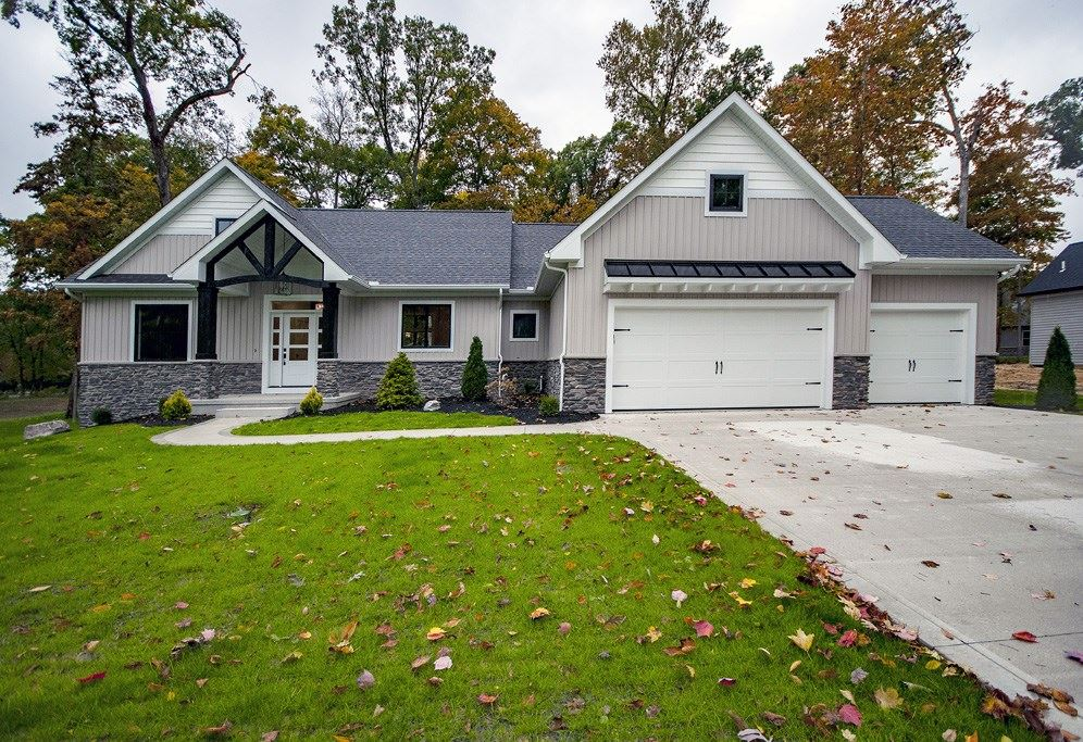 19717 Whispering Woods Drive, Bristol, IN 46507 - MLS#: 201938084