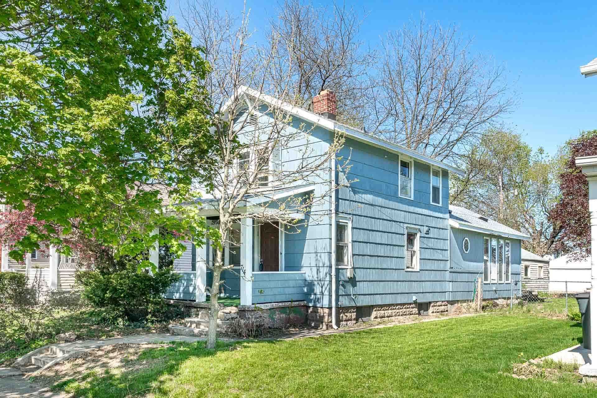 714 S 23rd Street, South Bend, IN 46615 - #: 202016087