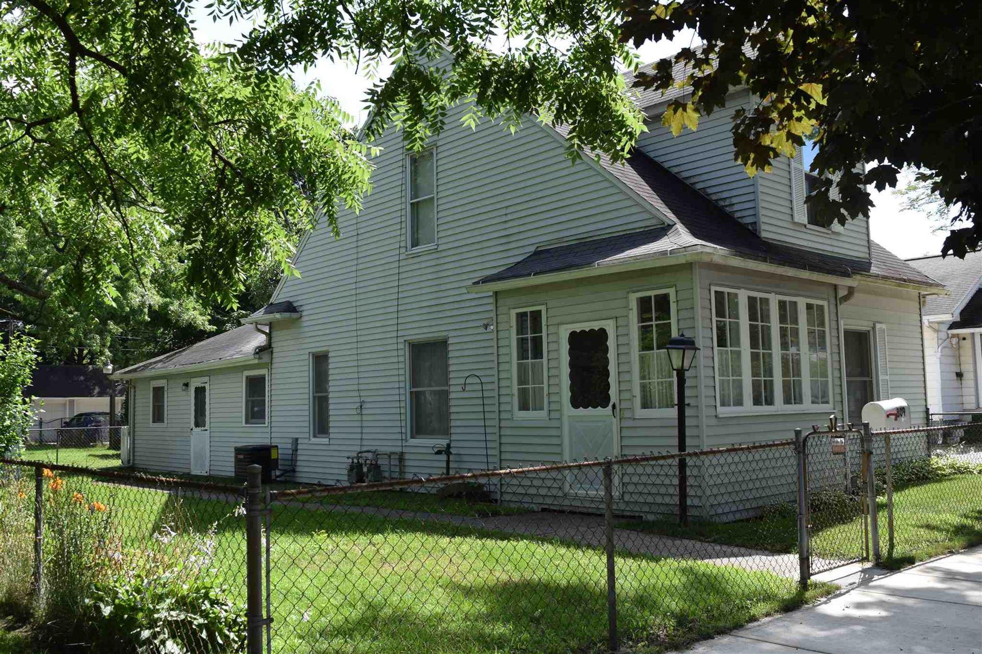 809 Cedar Street, Elkhart, IN 46514 - #: 202027089