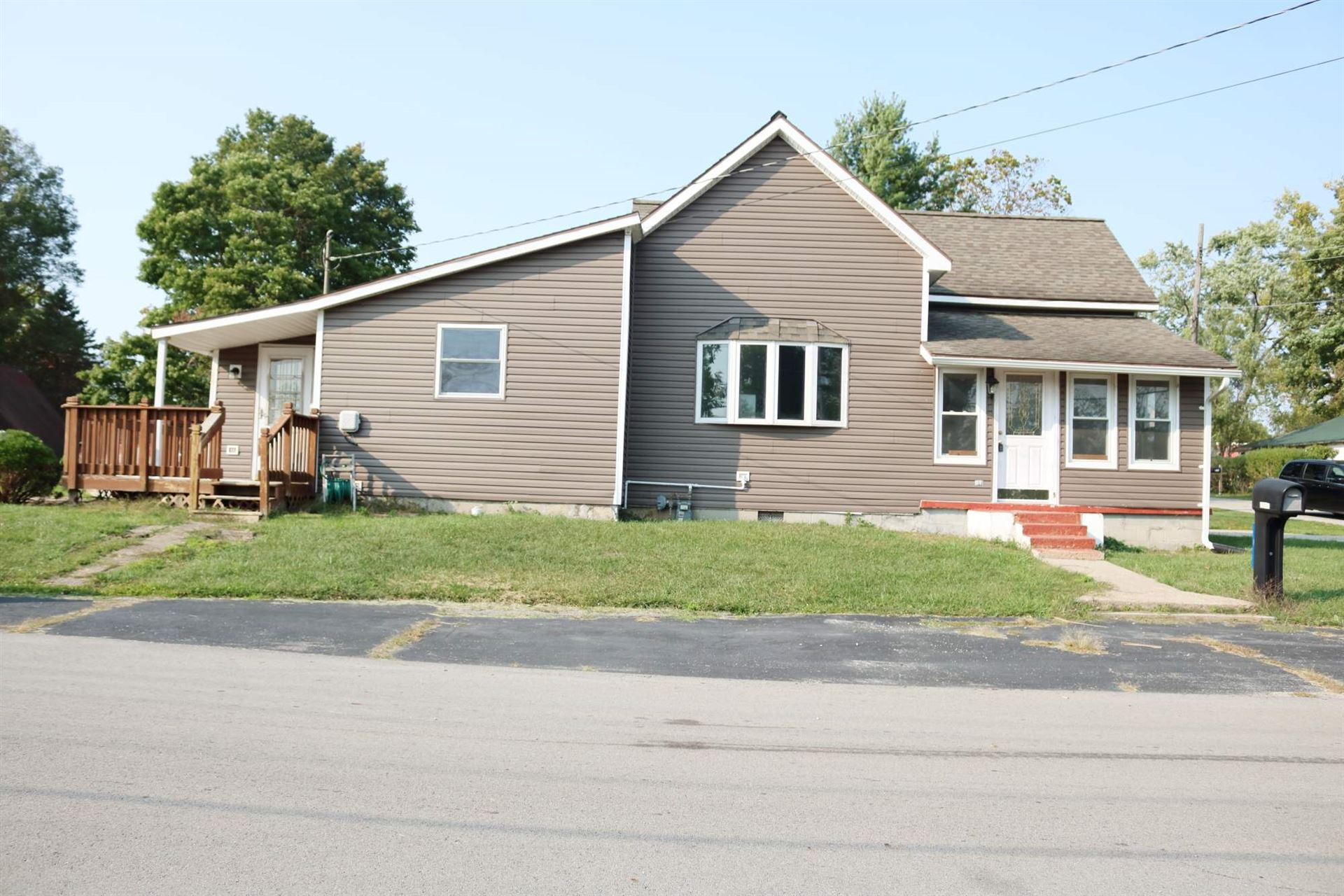 1622 S Poplar Street, Hartford City, IN 47348 - #: 202039097