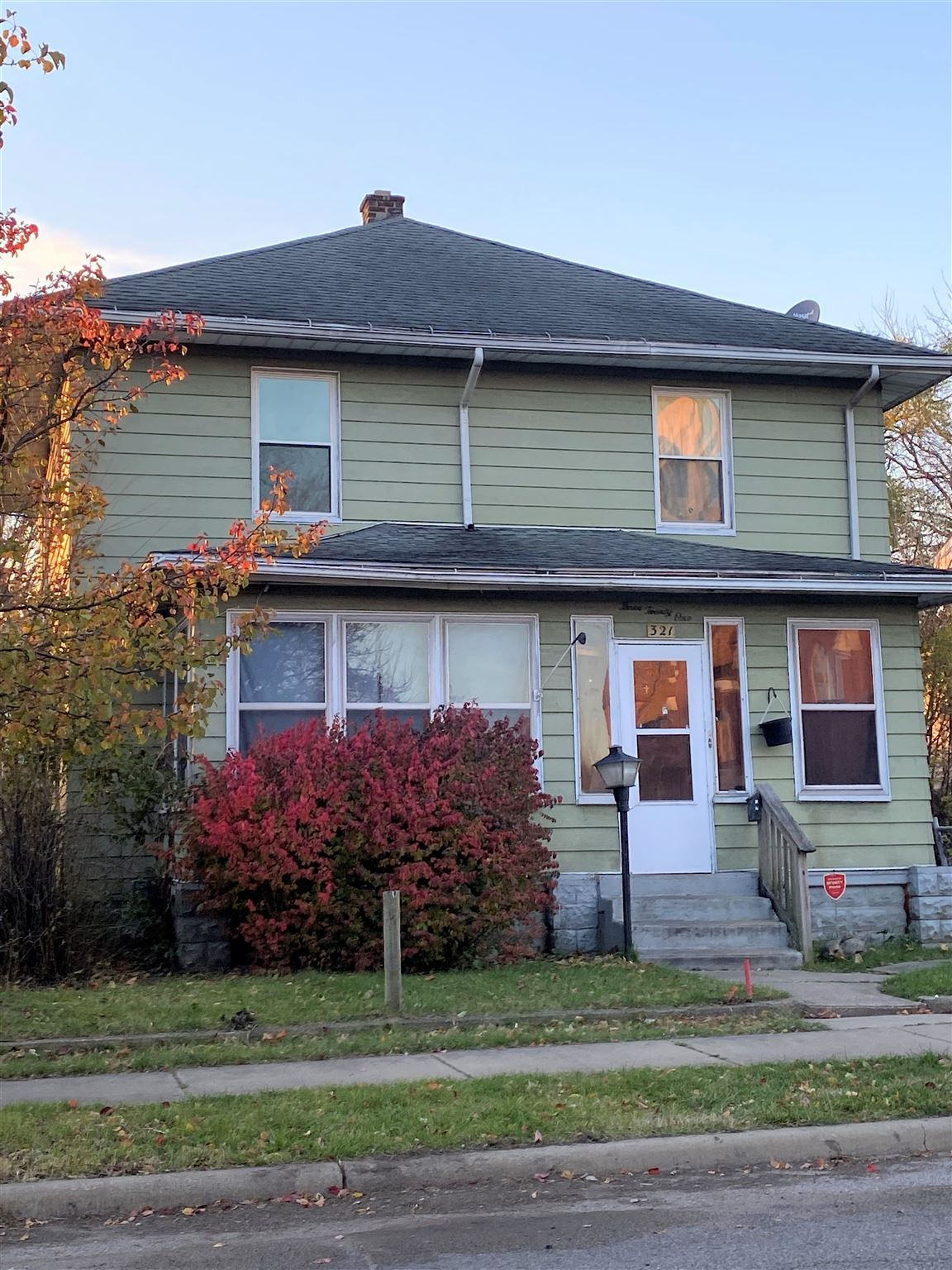 321 Johnson Street, South Bend, IN 46628 - #: 202048101