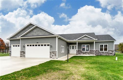 Photo of 1194 N Santorini Drive, Warsaw, IN 46580 (MLS # 202044104)