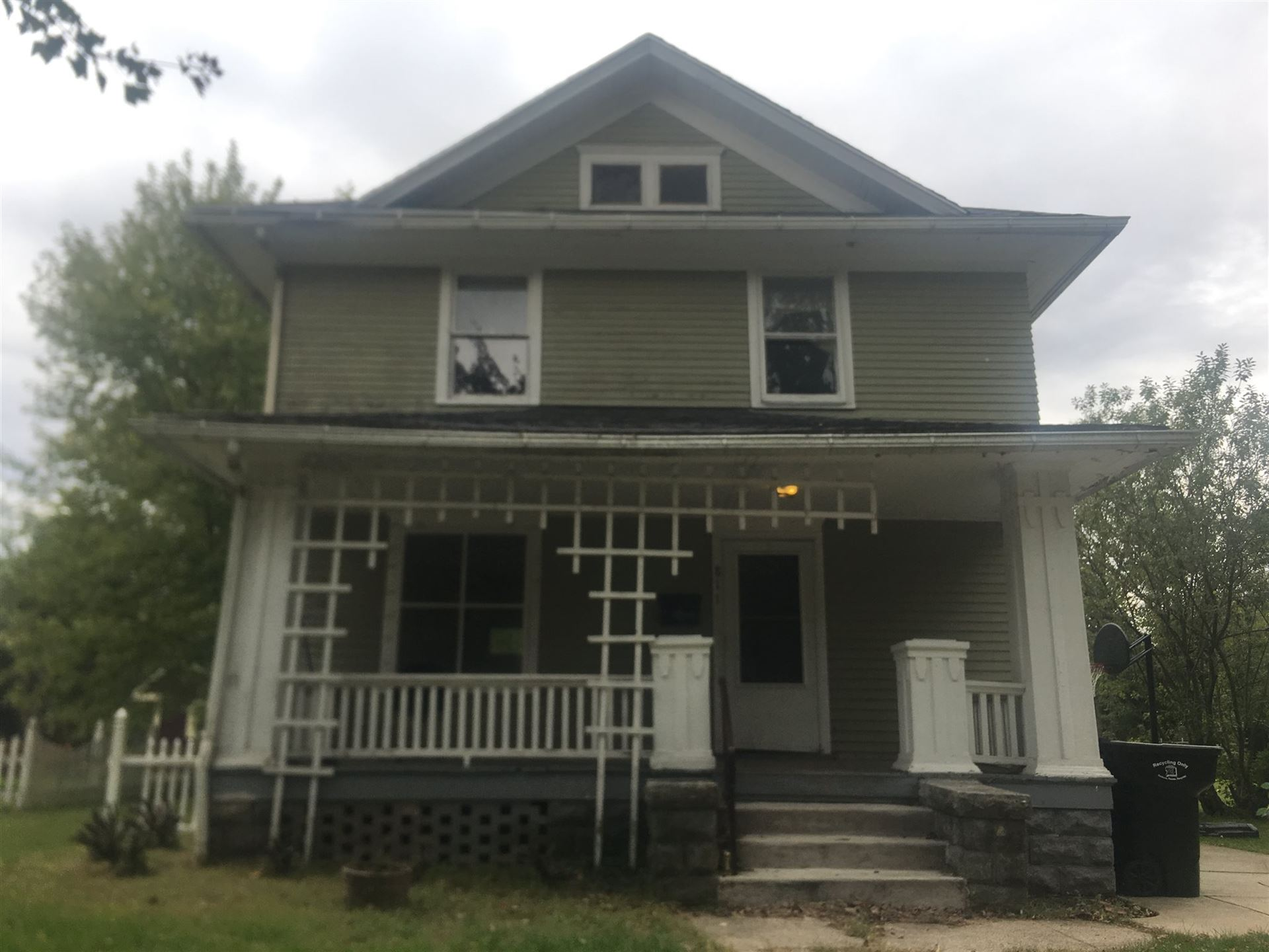 811 Cottage Grove Avenue, South Bend, IN 46616 - #: 201951104