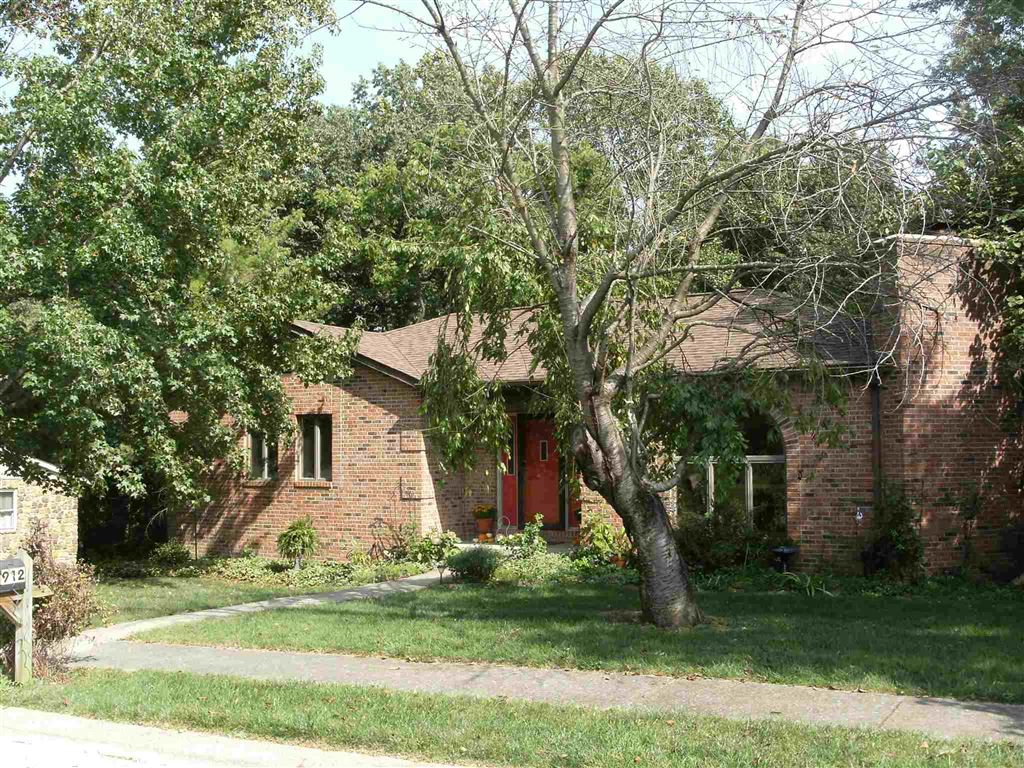 912 N Plymouth Court, Bloomington, IN 47408 - #: 201940106