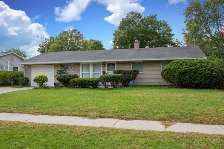 3518 Corby Boulevard, South Bend, IN 46615 - #: 202040107