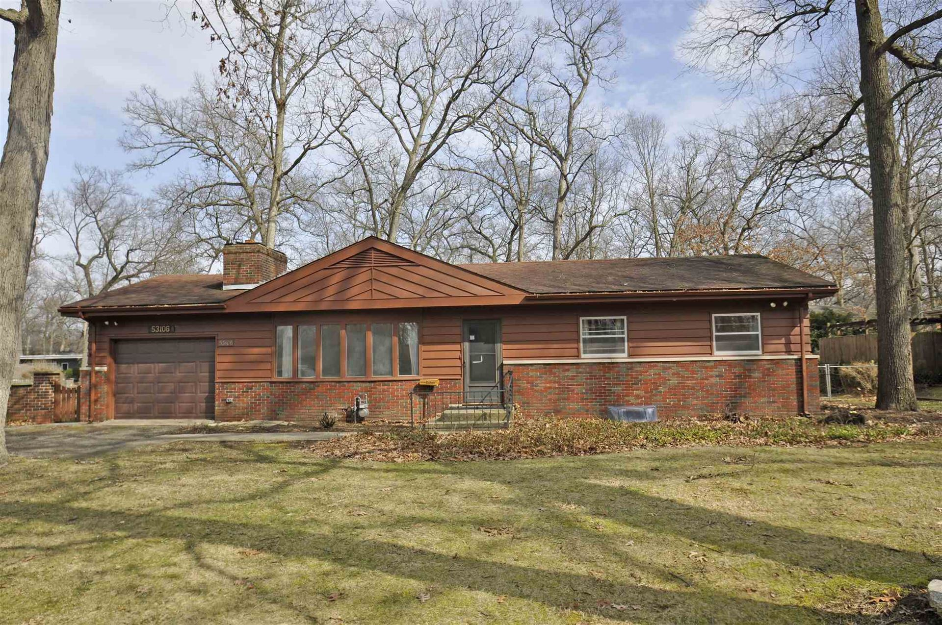 53106 Oakmont West Drive, South Bend, IN 46637 - #: 202010117