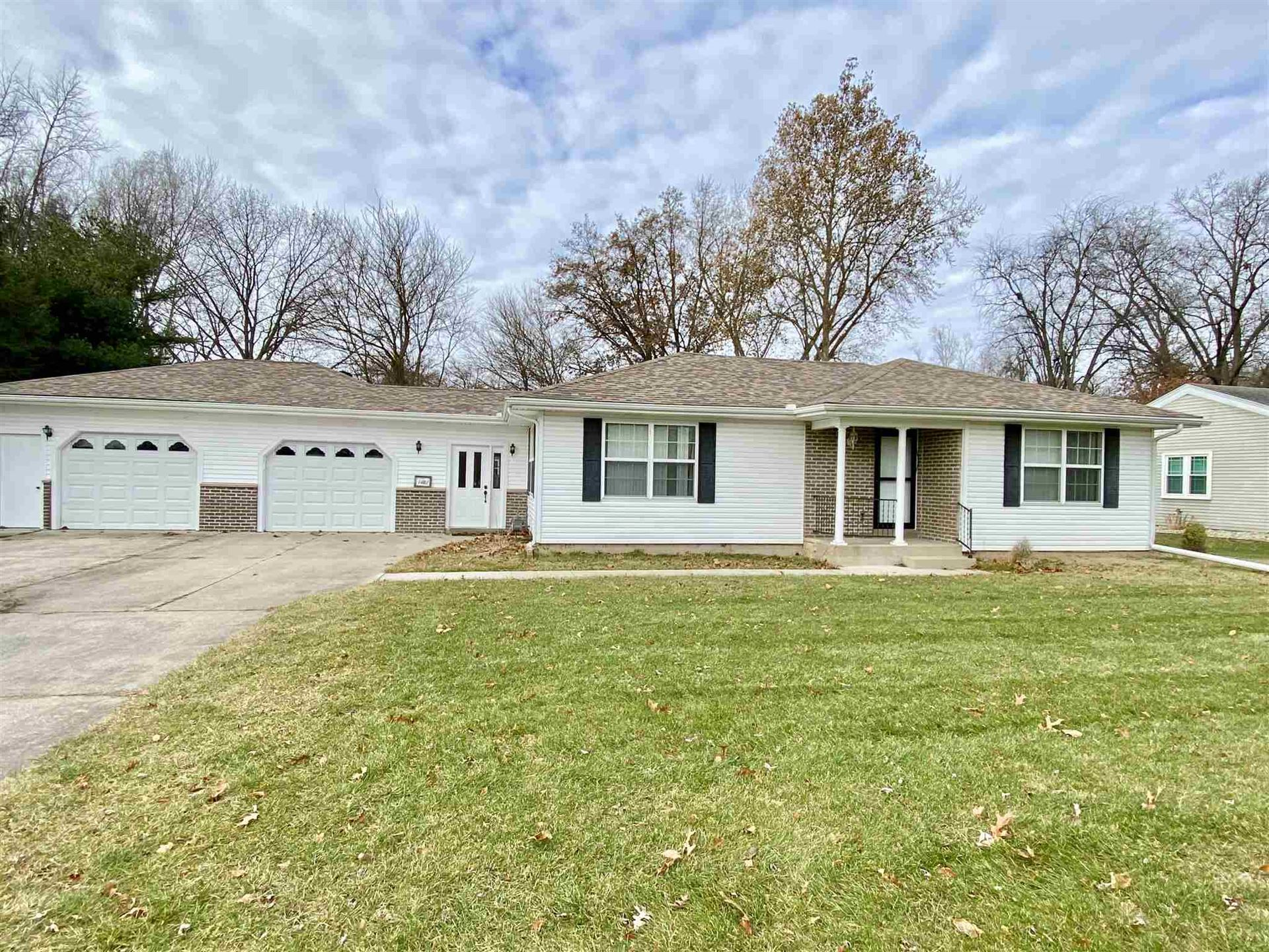 1121 Bay Street, Elkhart, IN 46514 - MLS#: 201952123
